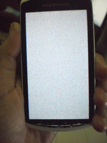 xperia play screen issue